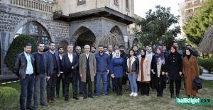 Başkan Adayı Aydın Mimar Ve Mühendislerle Bir Araya Geldi