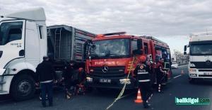 Tırın altında kalan sürücü hayatını kaybetti