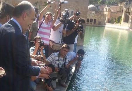 Sağlık Bakanı Mehmet Müezzinoğlu, Balıklıgöl'de