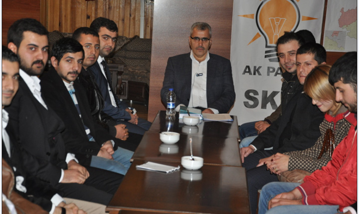 Karaköprülü AK Gençler SKM'de
