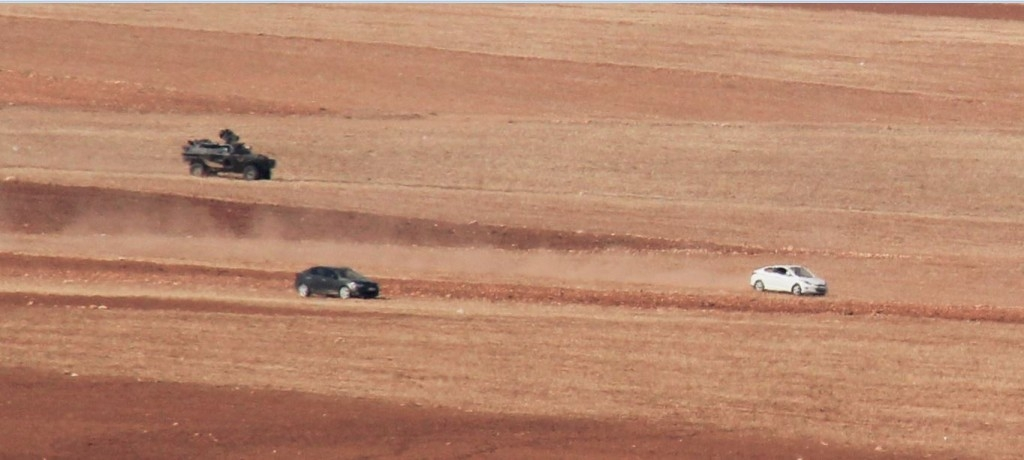 Yumurtalık'tan kaçak giriş yapan araç takla attı