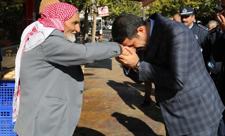 Eyyübiye Belediye Başkanı Mehmet Ekinci'den bayram mesajı