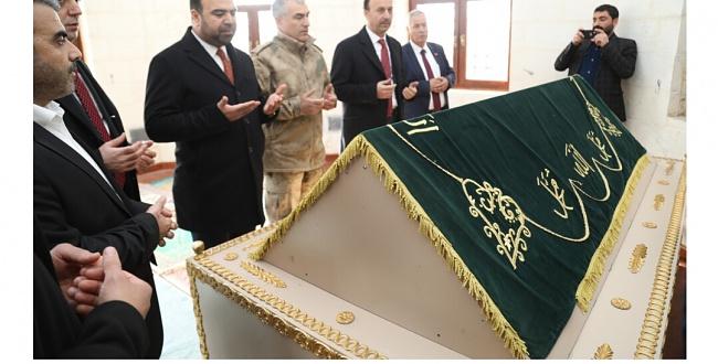 Hz. Eyyub Nebi Sabır Türbesi'ni Türkiye'nin en büyük inanç platosuna dönüştürüyor