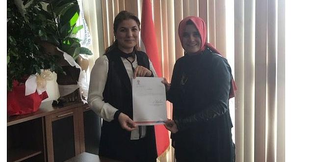 AK Parti Karaköprü Kadın Kolları Seher Kılıç'a teslim