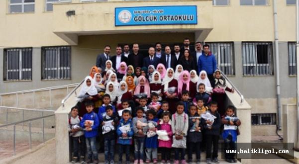 Akademia Platformu Hilvan'da Yoksul Öğrencileri Sevindirdi