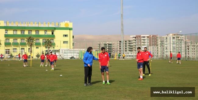 Karaköprü Belediyespor Tepecikspor maçı hazırlıklarını tamamladı