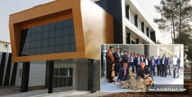 Akçakale'deki Yeni Bina Kurban Keserek Açtılar