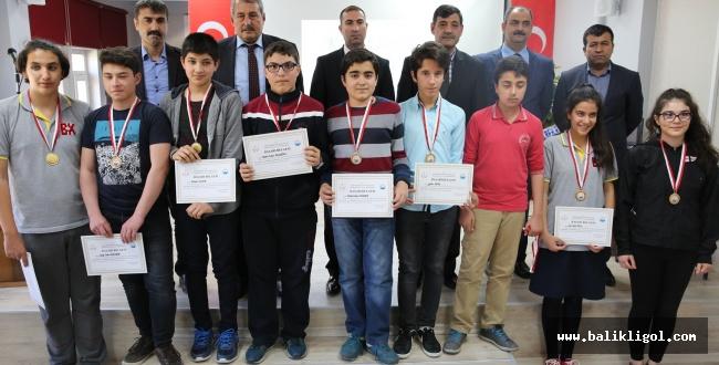 Karaköprü Belediyesi Başarılı Öğrencileri Ödüllendirdi