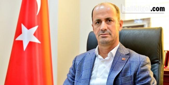 """Mehmet Yavuz: """"Öğretmenlik, adanmışlığın adıdır"""""""