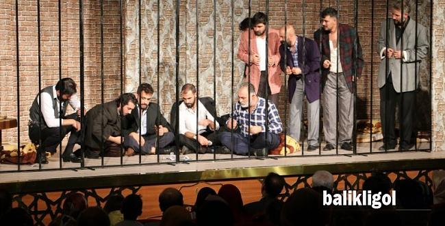 '72.Koğuş ' Diyarbakır'da Sahnelendi