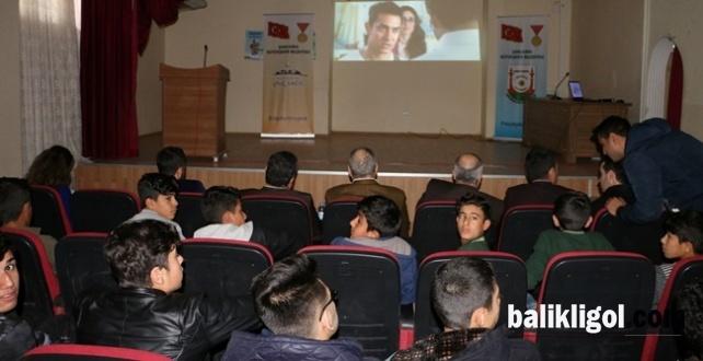 Büyükşehir Öncülüğünde Okullar Sinema İle Buluşuyor