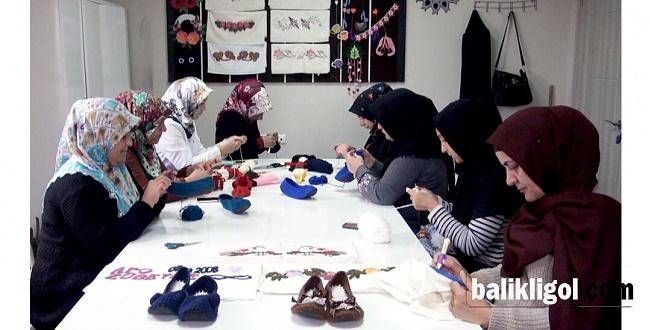 Hilvan'da, kadınlara yönelik meslek edindirme kurslarına ilgi büyük