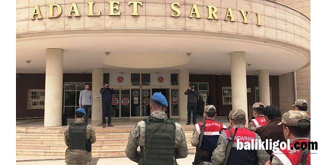Urfa'da FETÖ'cü 3 askere hapis cezası
