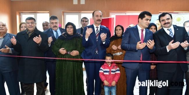 Harran'da yeni yapılan okulları Vali Erin açtı