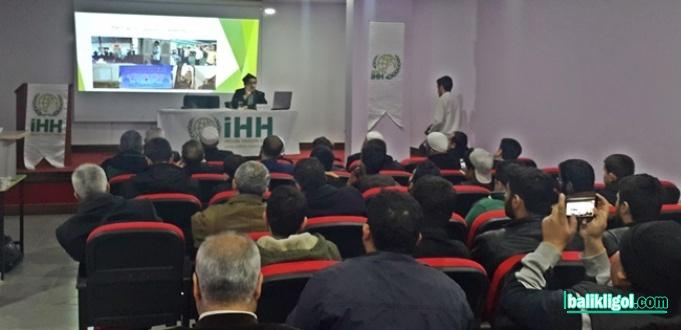 Şanlıurfa İHH'dan Doğu Türkistan Semineri
