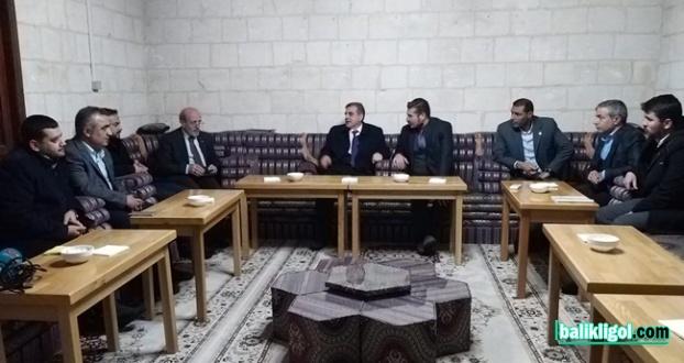Urfa Birlik Vakfı AK Parti Adayı Beyazgül'u ağırladı