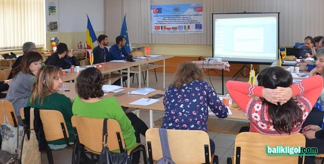 Urfalı Öğretmenler Romanya'da Mülteci Öğrencilerin sorunlarını anlattılar