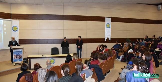 5. Ulusal İç Hastalıkları Hemşireliği Eğitim Çalıştayı Harran Üniversitesi'nde Başladı