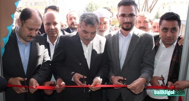 AK Parti Adayı Beyazgül Cenap Baylan'ın seçim bürosu açılışına katıldı