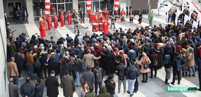 Erdoğan'ın Adına Açılan Gençlik Ve Kültür Merkezi, Coşkuyla Hizmete Girdi