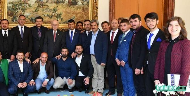 Eski TBMM Başkanı İsmail Kahraman'ın Şanlıurfa'ya geliyor