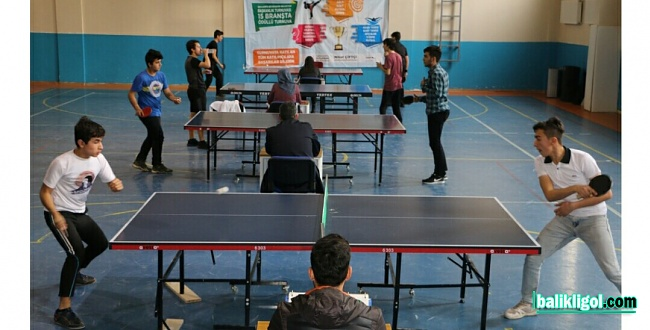 Urfa'da düzenlenen masa tenisi turnuvası sona erdi