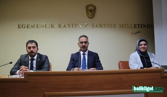 Eyyübiye'de Mehmet Kuş başkanlığında ilk meclis toplantısı yapıldı