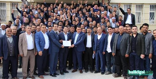Harran Belediye Başkanı Özyavuz, mazbatasını aldı