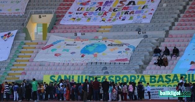 Şanlıurfa'da Çocuklar Bayramı Bayram Gibi Kutladılar