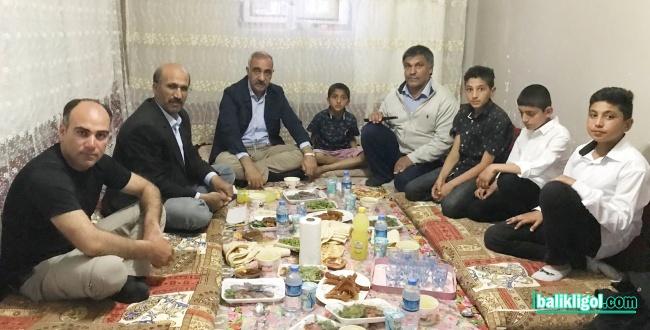 Başkan Aslan Ali Bayık, iftarını vatandaşın evinde açtı