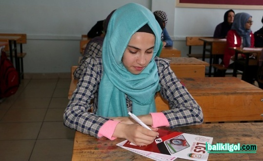 Şanlıurfa Büyükşehir, son TYT deneme sınavı düzenledi