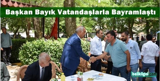 Hilvan'da Devlet Erkanı Halkla Bayramlaştı