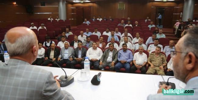 Kaymakamlık Eyyübiye'deki Muhtarları için Eğitim Toplantısı düzenledi