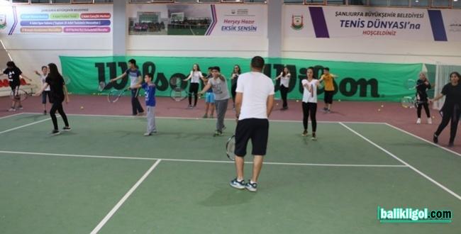 Şanlıurfa Büyükşehir, Geleceğin Tenis Şampiyonlarını Yetiştiriyor