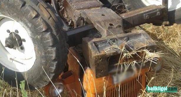Bozova'da Traktörler kafa kafaya çarpıştı