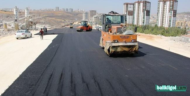 Çevik Kuvvet Köprülü Kavşağında Asfaltlama Çalışmaları Başladı