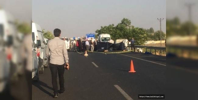 Osmanbey Civarında Bir Otomobili Taradılar: 3 Ölü