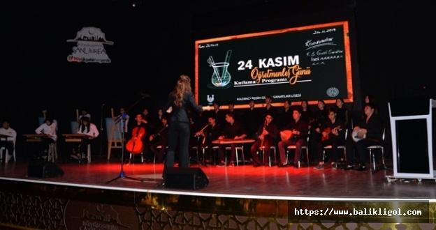 Urfa'da Öğretmenler Günü Etkinliği: Coşkuyla Kutlandı