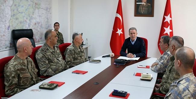 Hulusi Akar'dan açıklama! İşte öldürülen Esed askeri sayısı