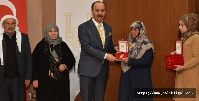 Urfa'daki Kıbrıs Gazilerine Milli Mücadele Madalyası