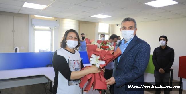 Urfa'da Mesaide Olan Personele Belediye Başkanından Ziyaret