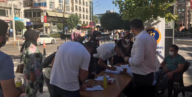 Ayasofya'nın yeniden cami olarak açılması için Urfa'da imza kampanyası düzenlendi