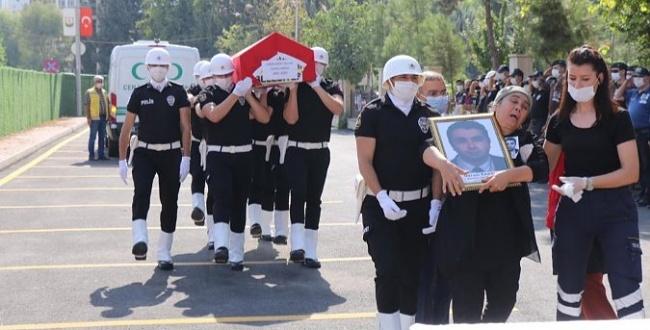 Urfa'da görevli Savcı Gürsel Karslı son yolculuğuna uğurlandı