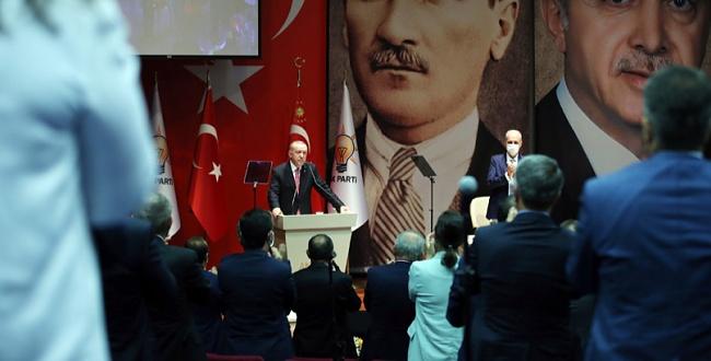 Erdoğan İl Başkanları Toplantısında AB ve Yunanistan'a Oruç Reis resti çekti
