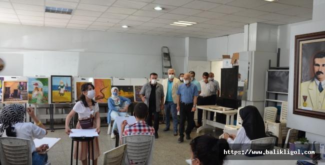 HRÜ Büyükşehirle Birlikte Öğrencilere Rehberlik Hizmeti Veriyor