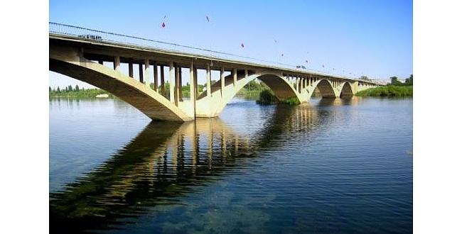 Birecik'te bir kişi nehir kıyısında ölü bulundu