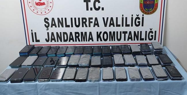 Şanlıurfa'da gümrük kaçağı telefonlar ele geçirildi