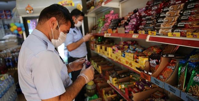 Urfa'da denetim yapan zabıta 3 bin 426 ürüne el koydu