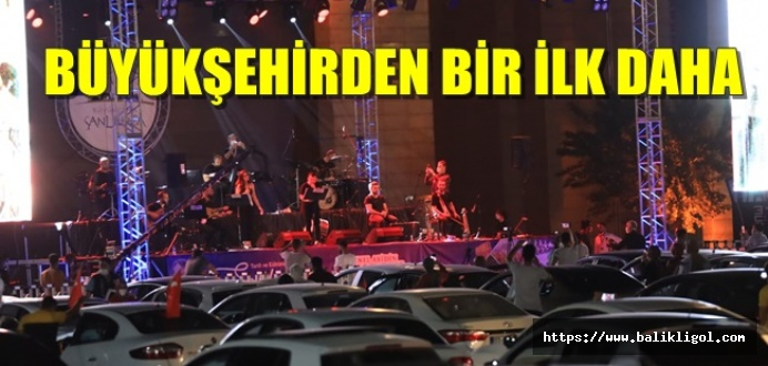 Grup İmera Urfa'da Açık Hava Konseri Verdi