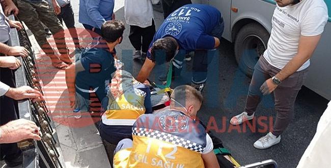 Şanlıurfa'da halk otobüsü kadına çarptı